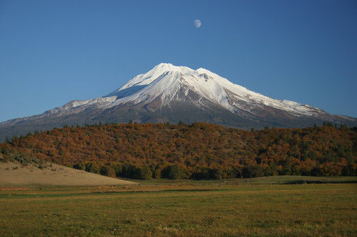 Picture of Mount Shasta